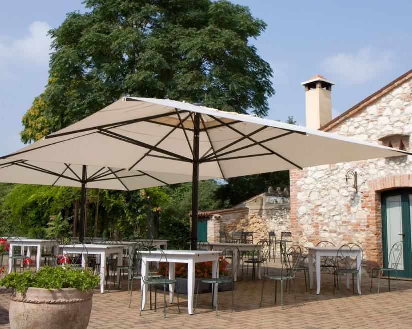 grand parasol restaurant cafe hotel
