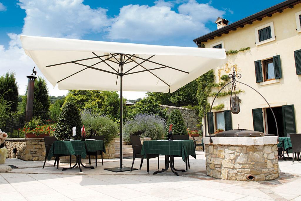 Grand parasol restaurant Leonardo telescopic scolaro