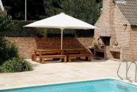 parasol centré pour restaurant terrasse hotel