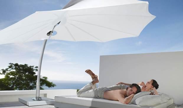 parasol pour piscine design